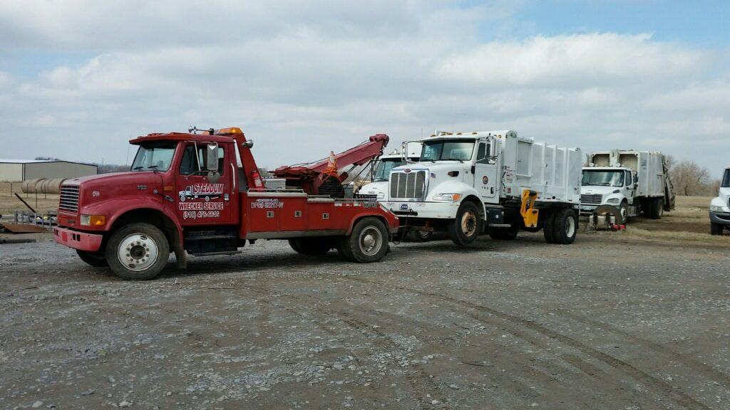 Steddum Wrecker Service Flatbedtowing (1)